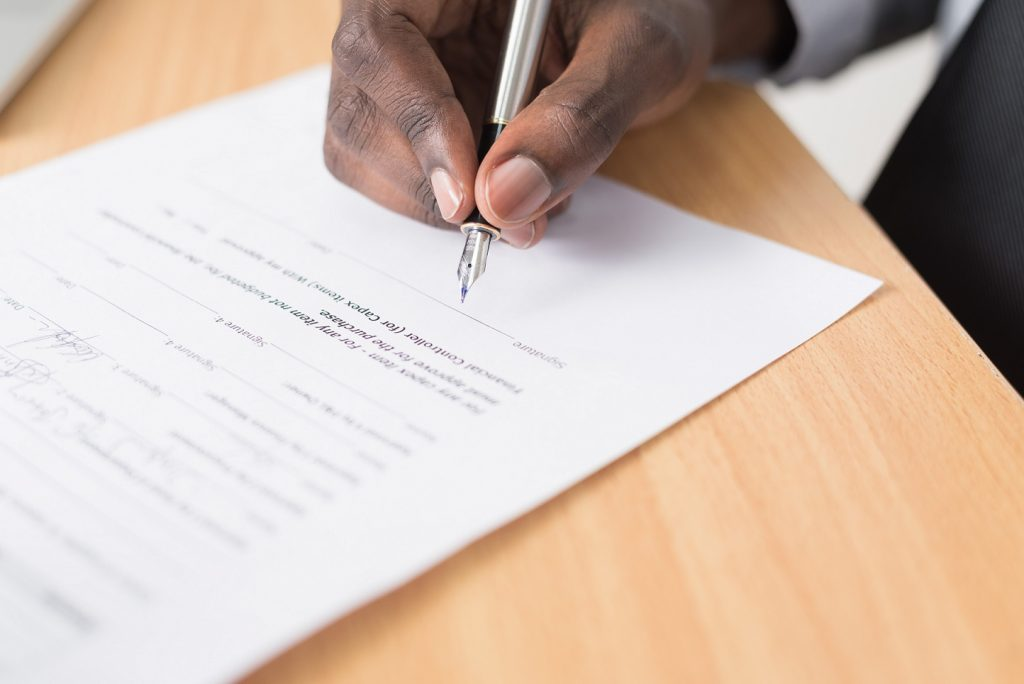 Manager signs a data protection contract