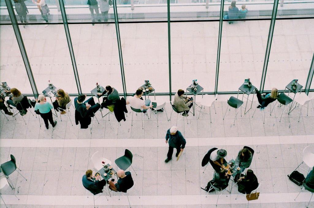 Cafetería del edificio de empresa